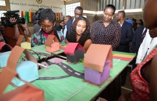 Girls in ICT Capture Rwanda's First Lady's Attention